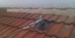 Edilizia: le misure di protezione collettiva e individuale sui tetti