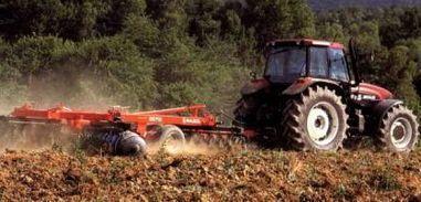 Macchine agricole: le proroghe e le nuove scadenze della formazione