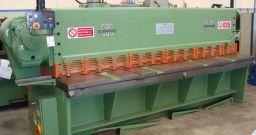 Industrie meccaniche: i rischi dell'addetto alla linea cesoie