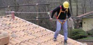Scegliere i corretti DPI di protezione contro la caduta dall'alto