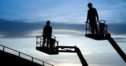 Piattaforme di lavoro elevabili: norme tecniche e prevenzione