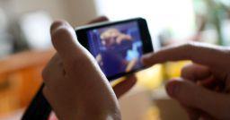 Il dilagare di registrazioni audio e video effettuate con uno smartphone